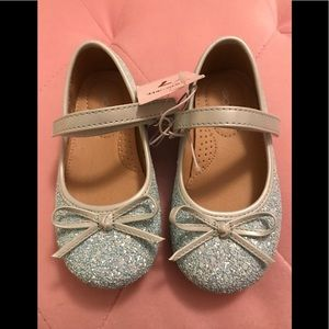 Toddler Girl Glitter Shoes - NWT - Size 7T